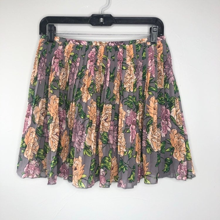 FRENCHI Grey Floral Rose Pleated Skirt