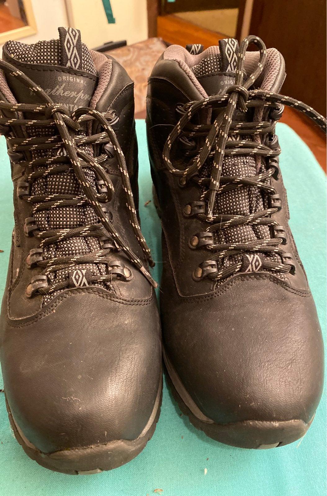 Weatherproof Trailblazer Boots, size 10M