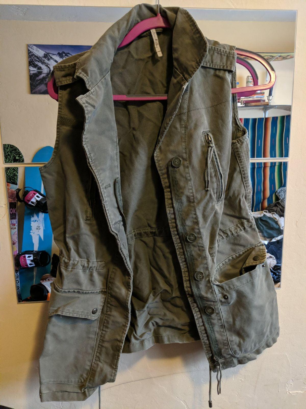 Cargo vest