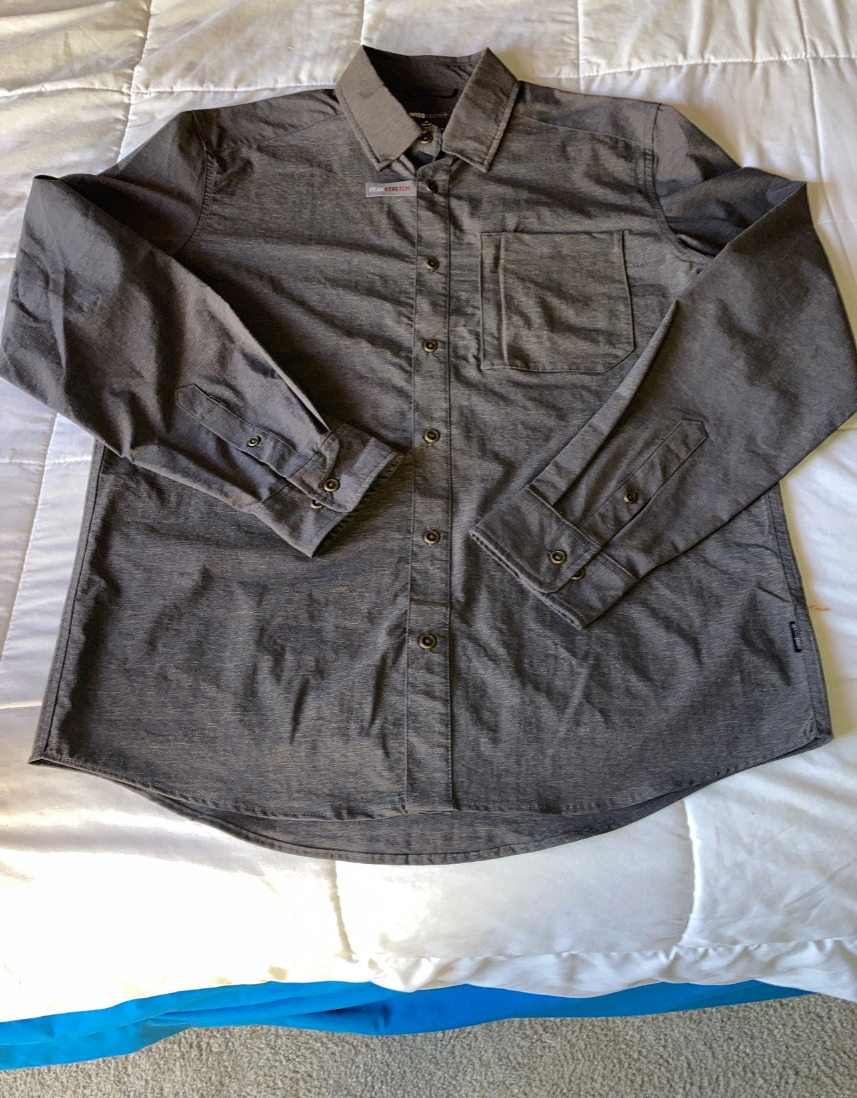 New Swiss Tech shirt men's size medium