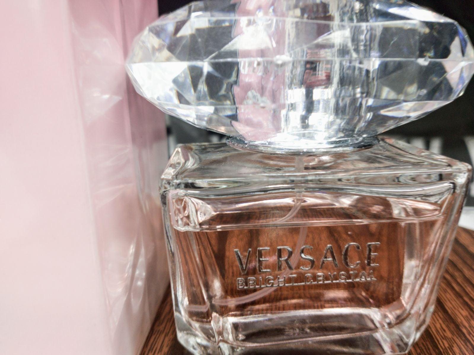 VERSACE BRIGHT CRYSTAL Perfume