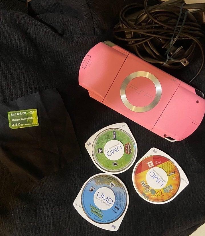 japanese pink PSP bundle