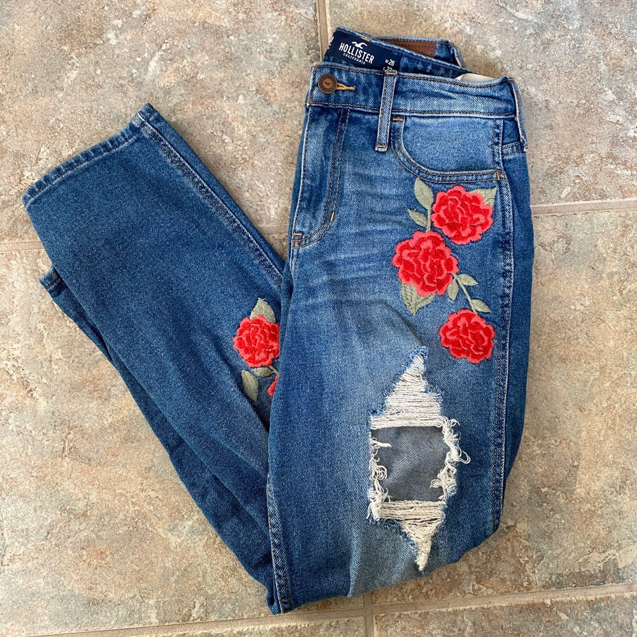 Hollister floral mom jeans high rise