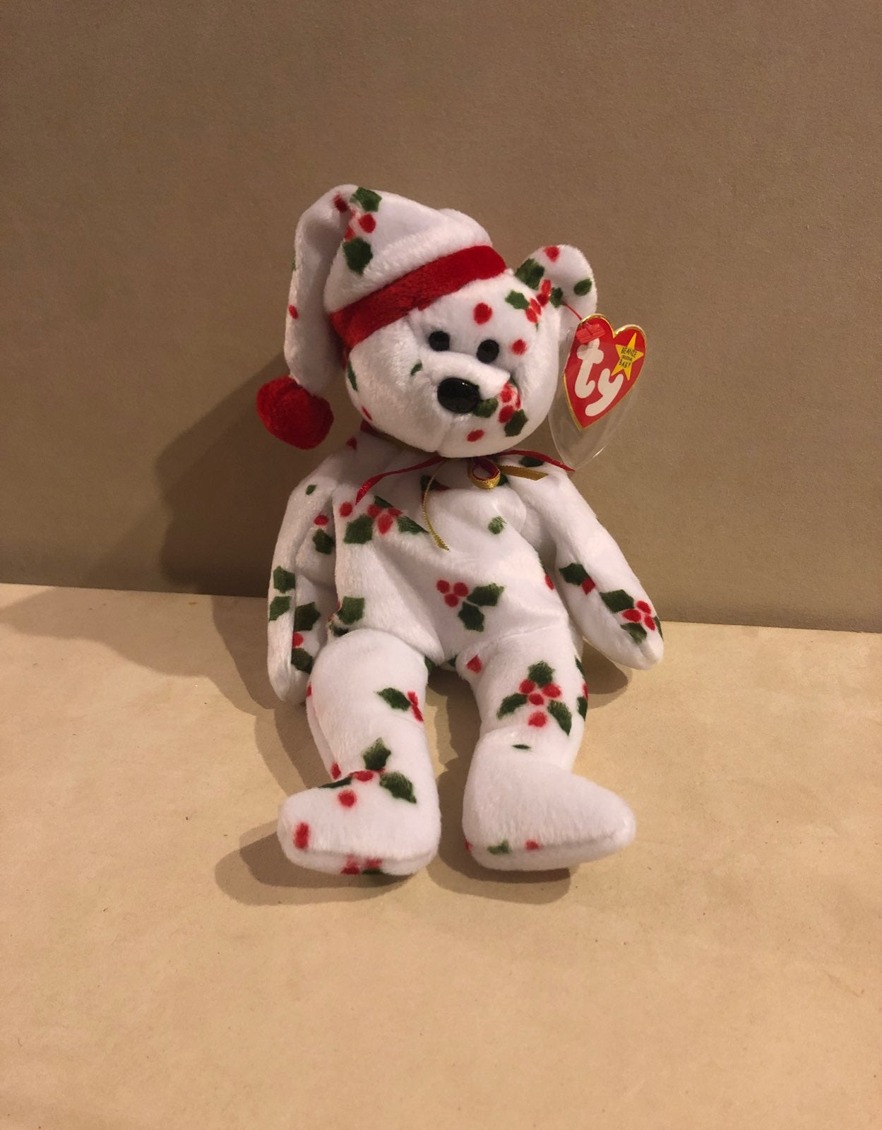Ty Beanie Babies 1998 Holiday Teddy