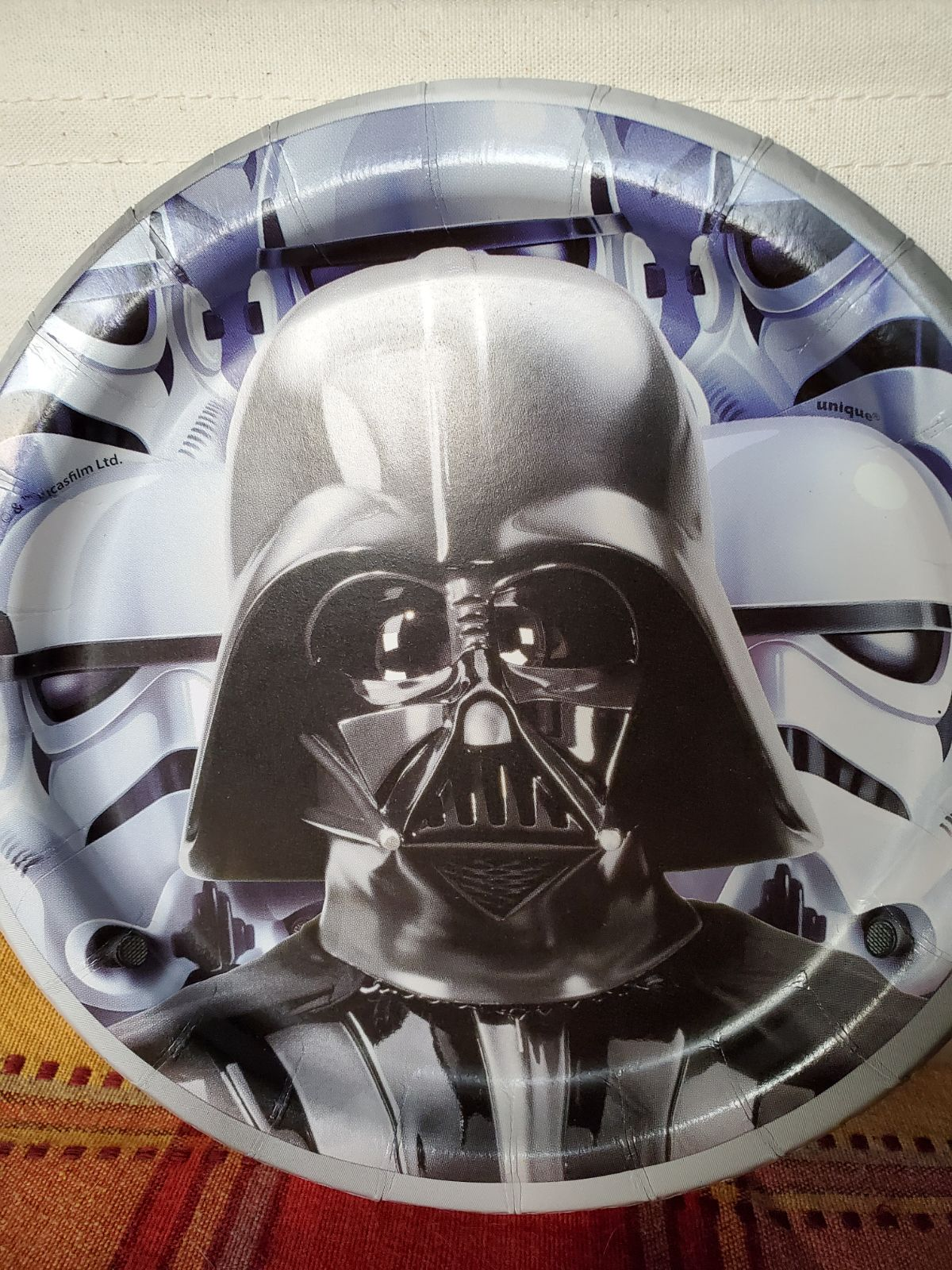 Star Wars Party Plates, Napkins, Tablecl