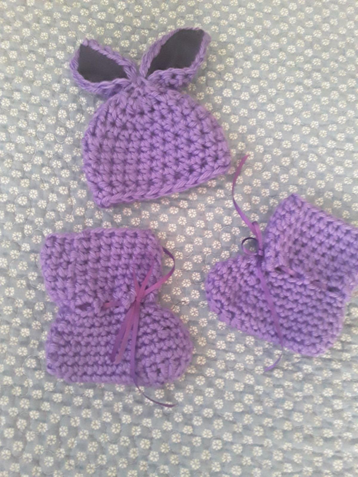 Handmade Babydoll Hat & Booties Set