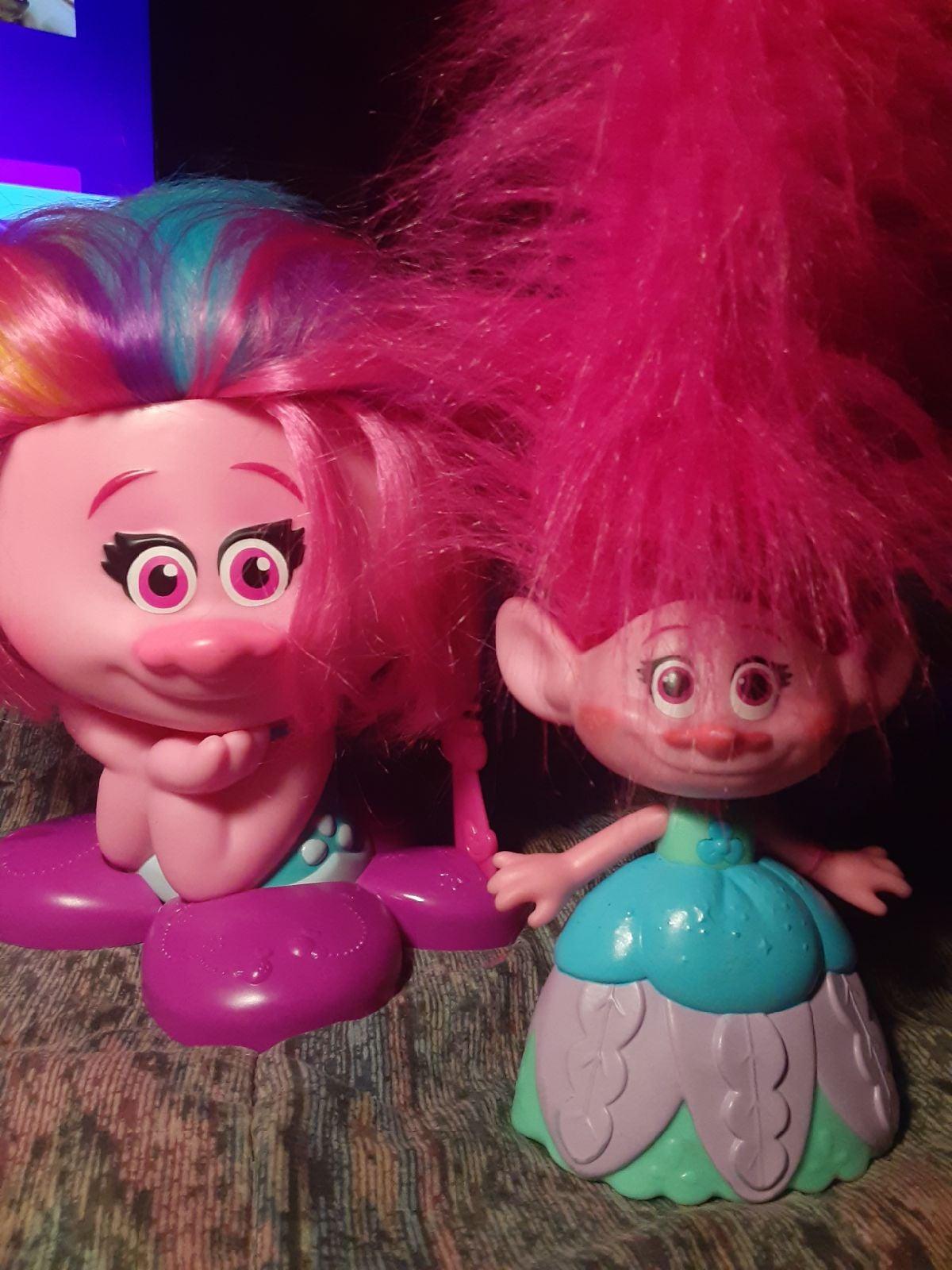 Trolls the movie poppy hair style with c