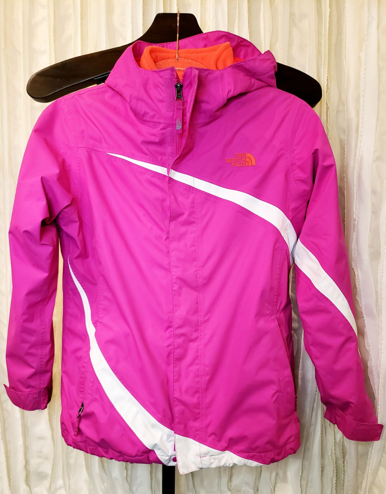 The North Face 2-in-1 girls jacket, L