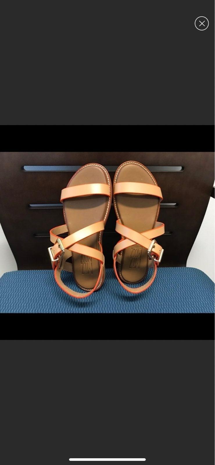 Miz Mooz Sandals. BRAND NEW!! Size 6