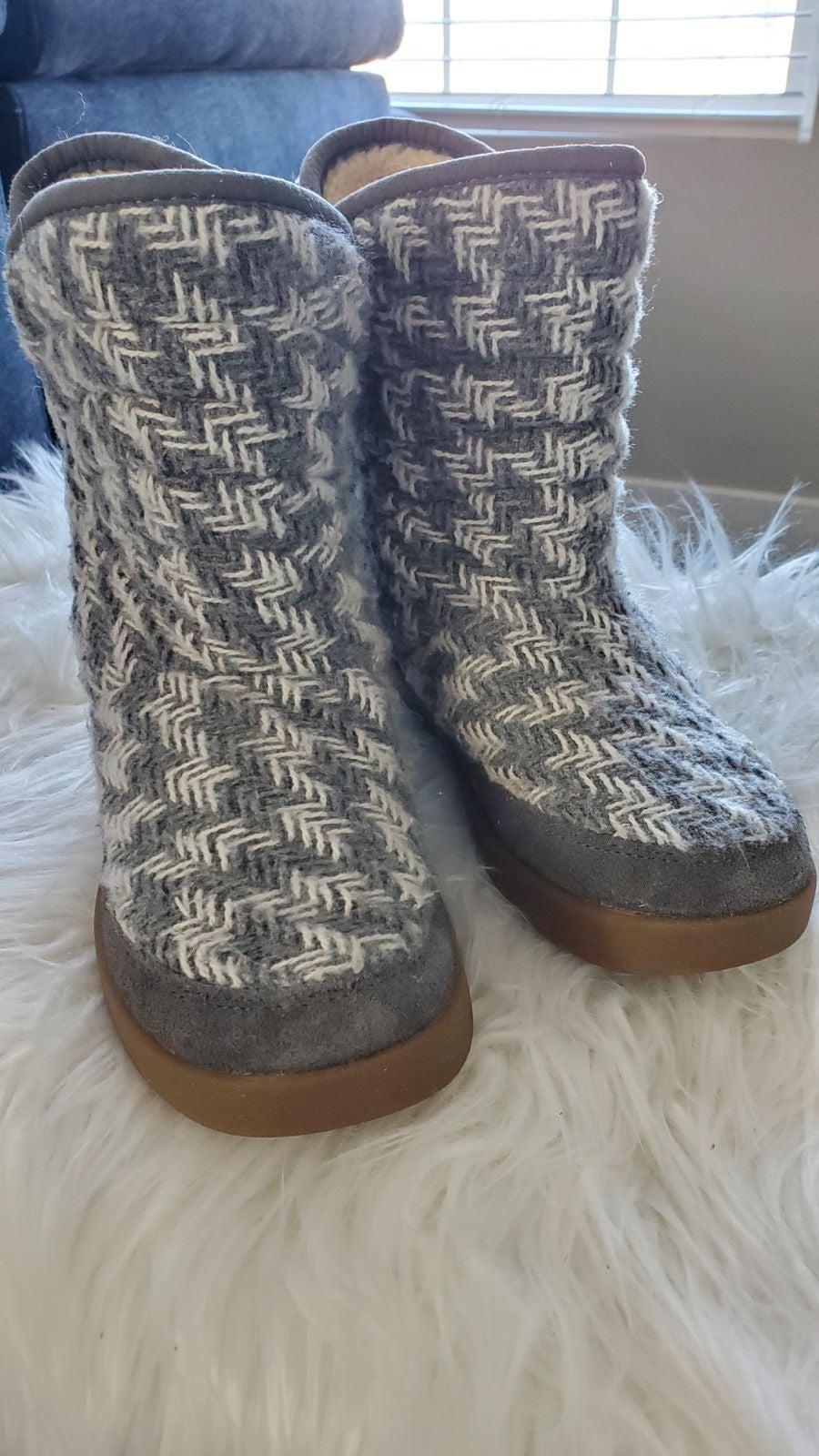 Sanuk Women's Winter Boots