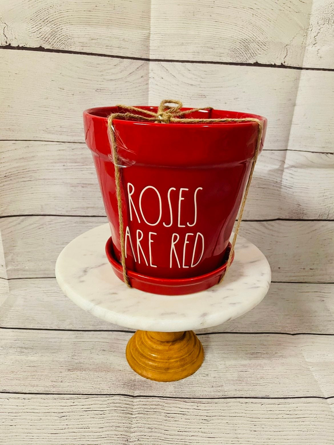 """Rae Dunn """"Roses are Red"""" planter"""