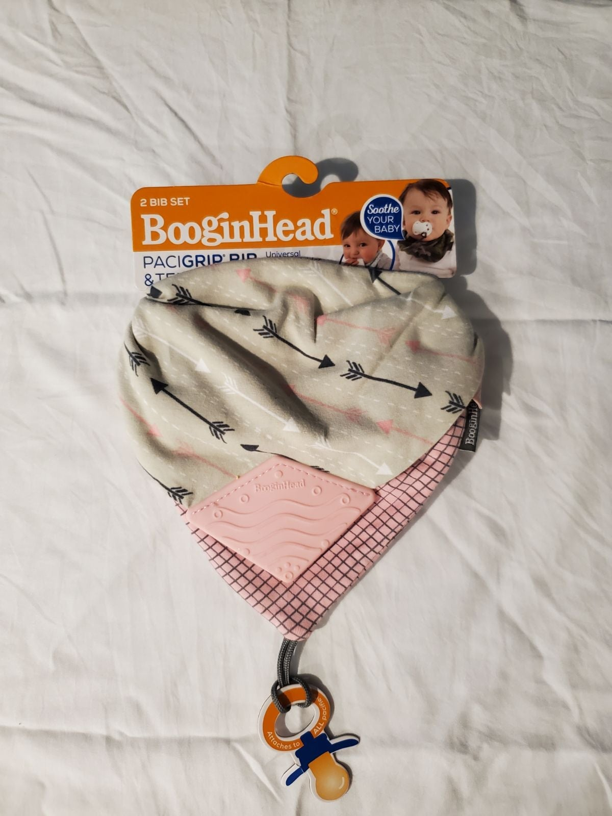 BooginHead Teether & Pacigrip Bib - Pink