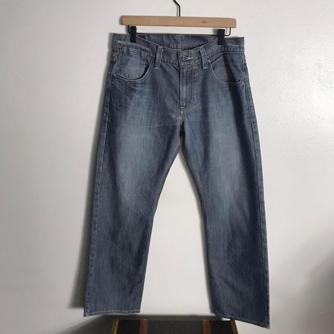 levi jeans Sz W 33 L 30