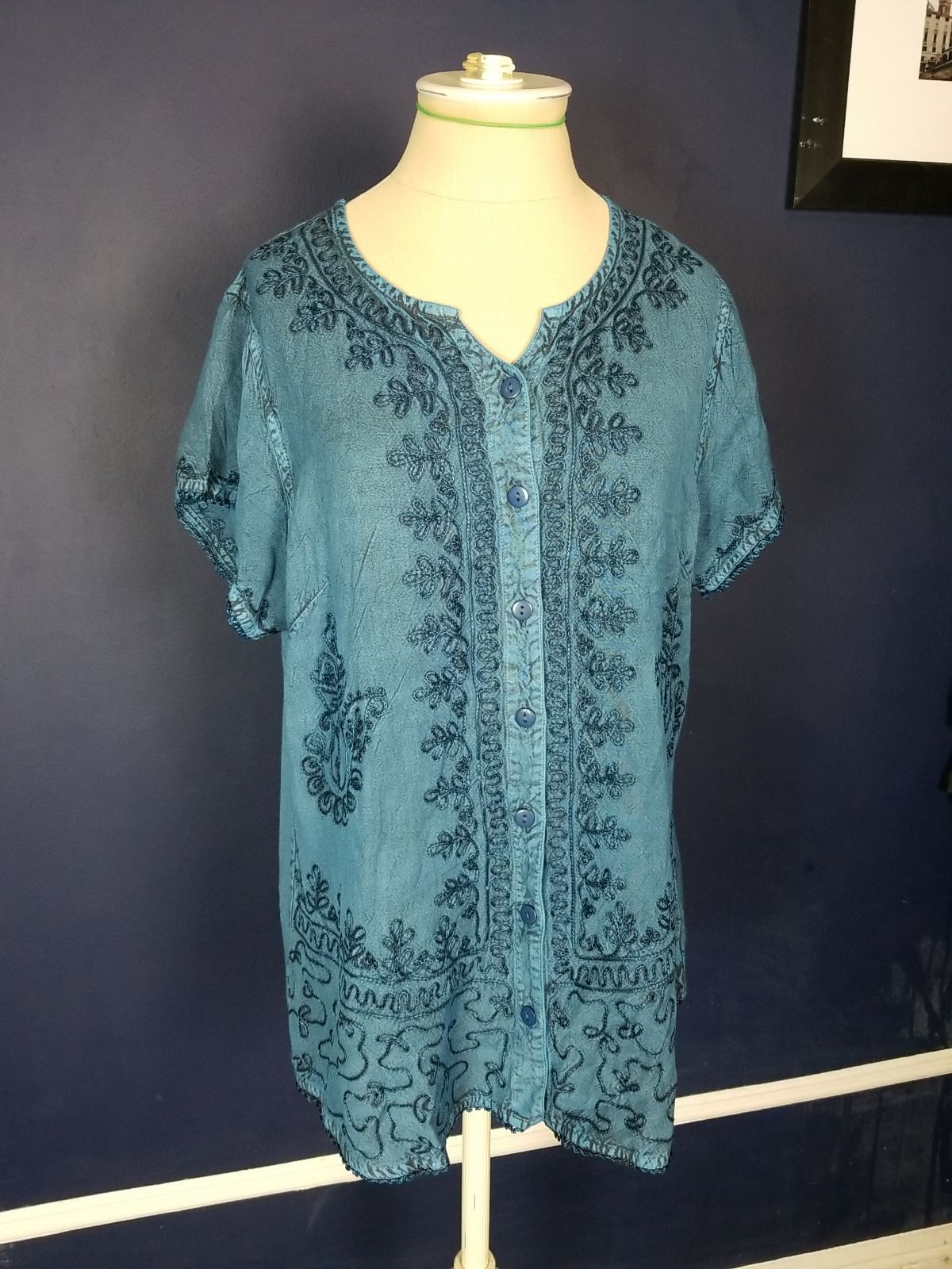 Agan Traders Women's Medieval Embroidere