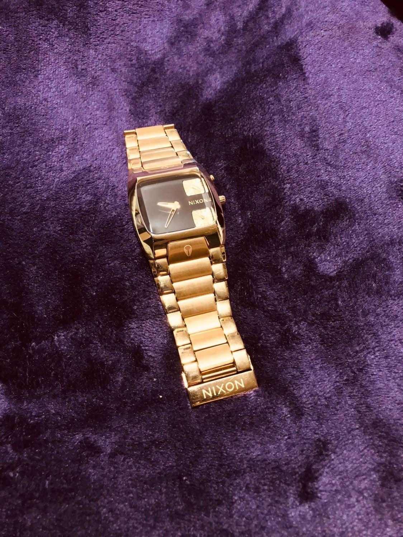 Nixon Banks All Gold and Black Face Watc