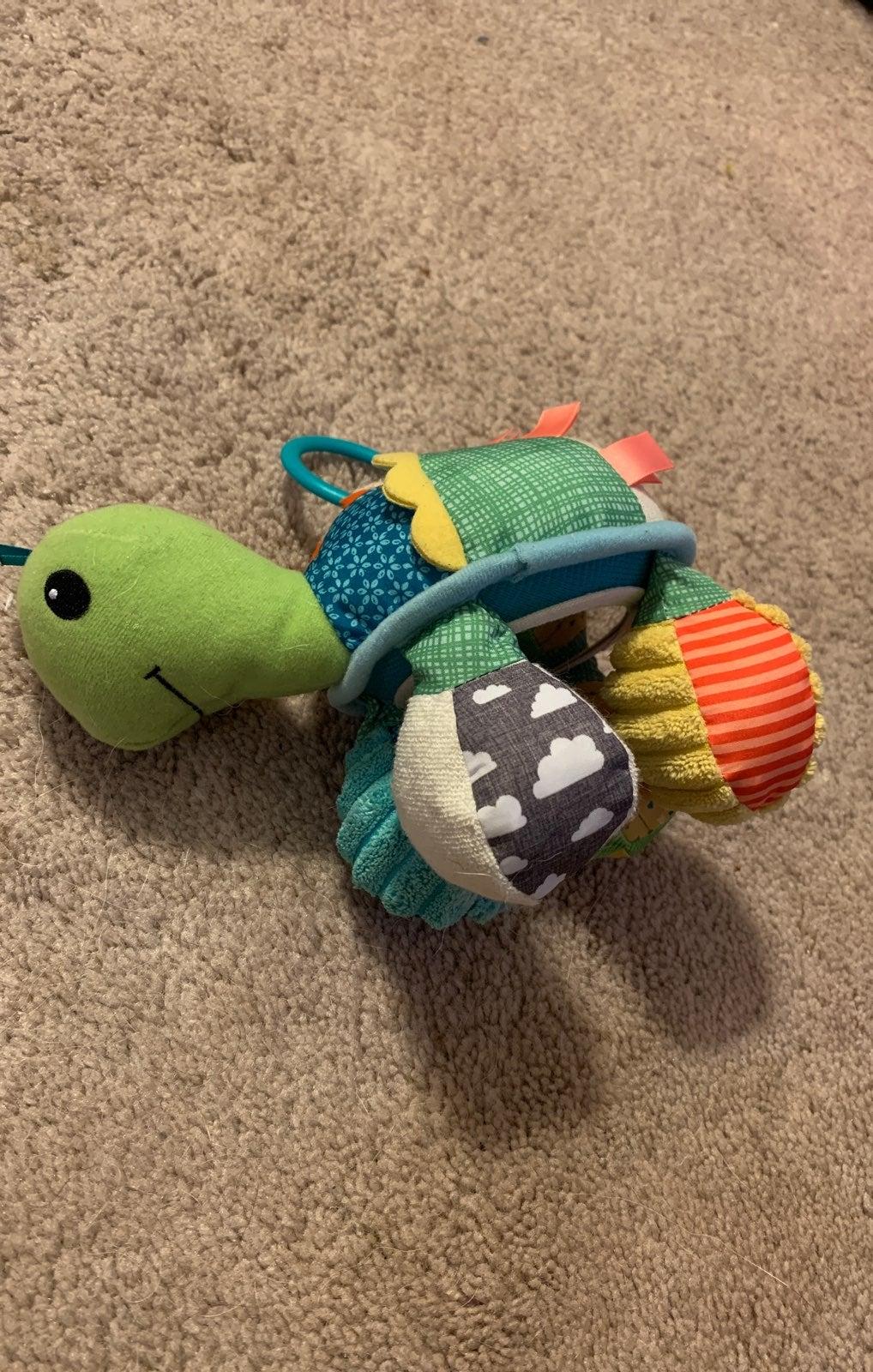 Turtle hanging toy