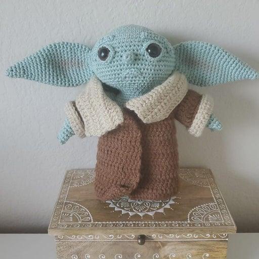 Baby yoda amigurumi crochet