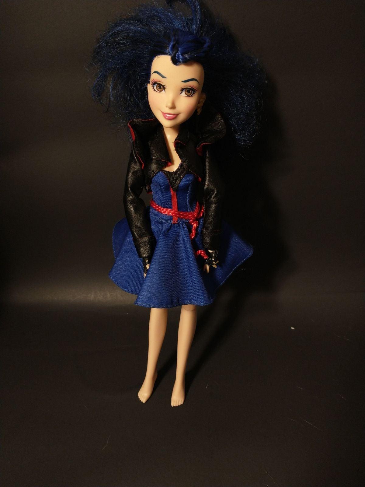 Disney descendants doll
