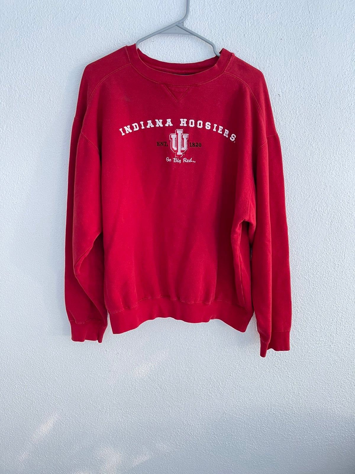 INDIANA HOOSIERS EMBROIDERED SWEATHSIRT