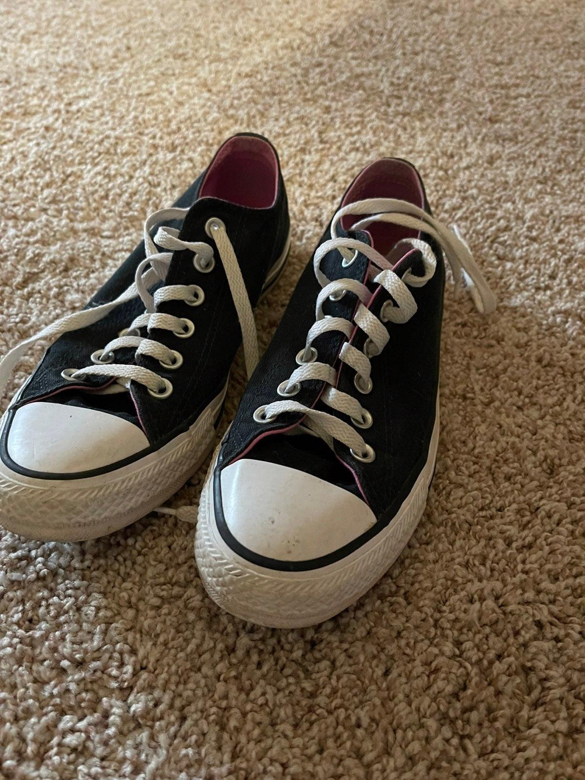 Converse ladies shoes