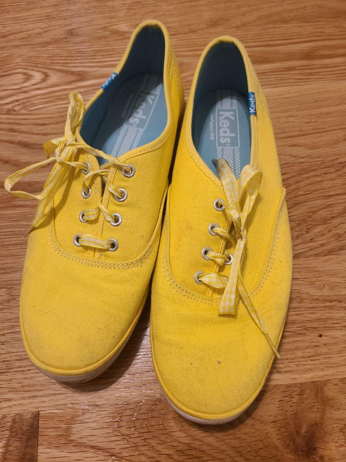 Yellow keds