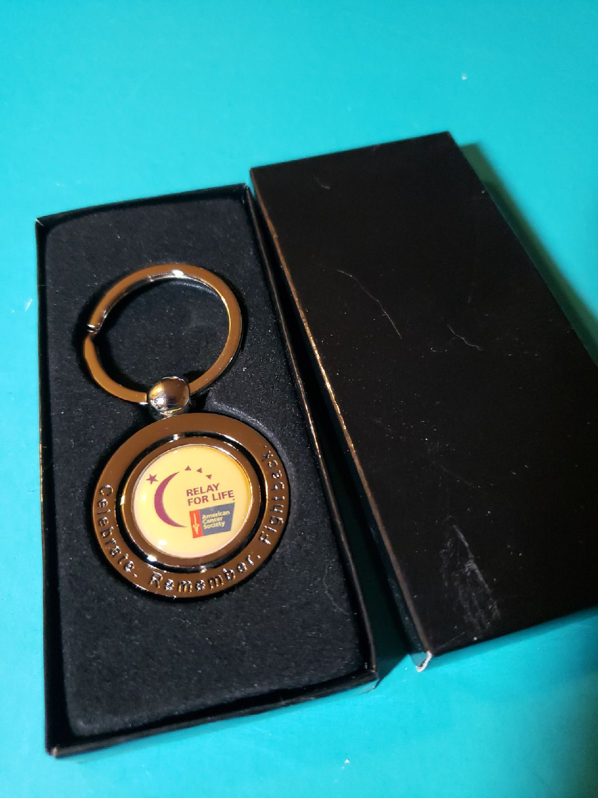 Relay for life key chain new