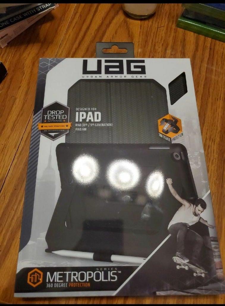 UAG Military Grade iPad Case