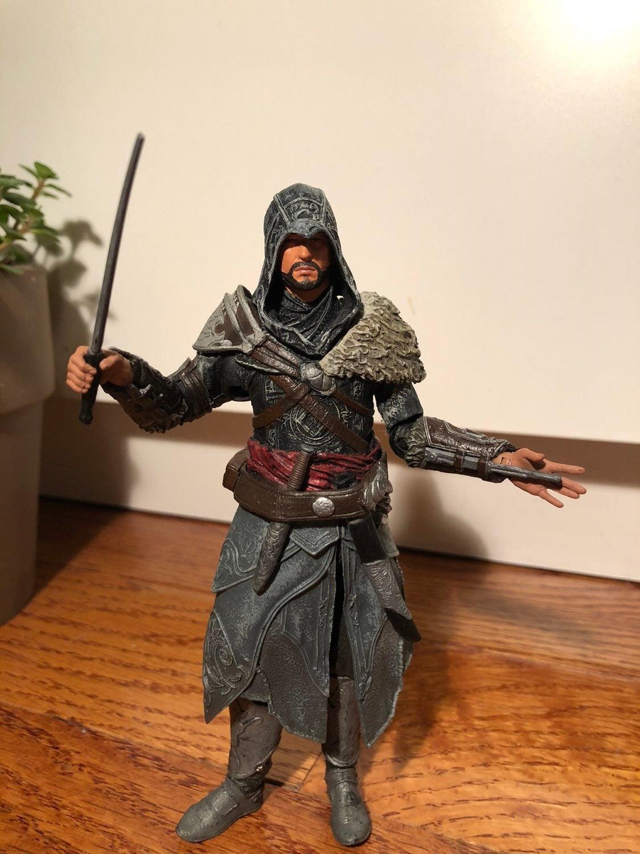 Assassin's Creed Revelations Ezio Figure