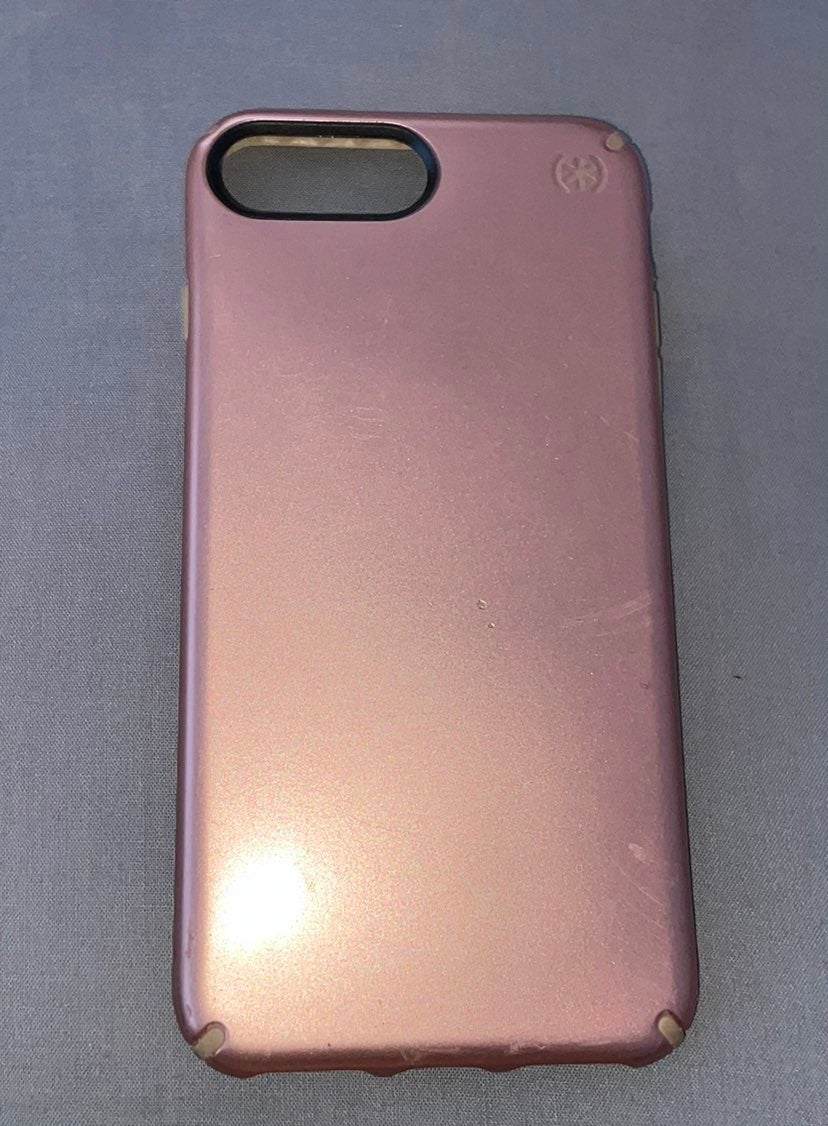 iPhone 8 Plus rosegold phone case
