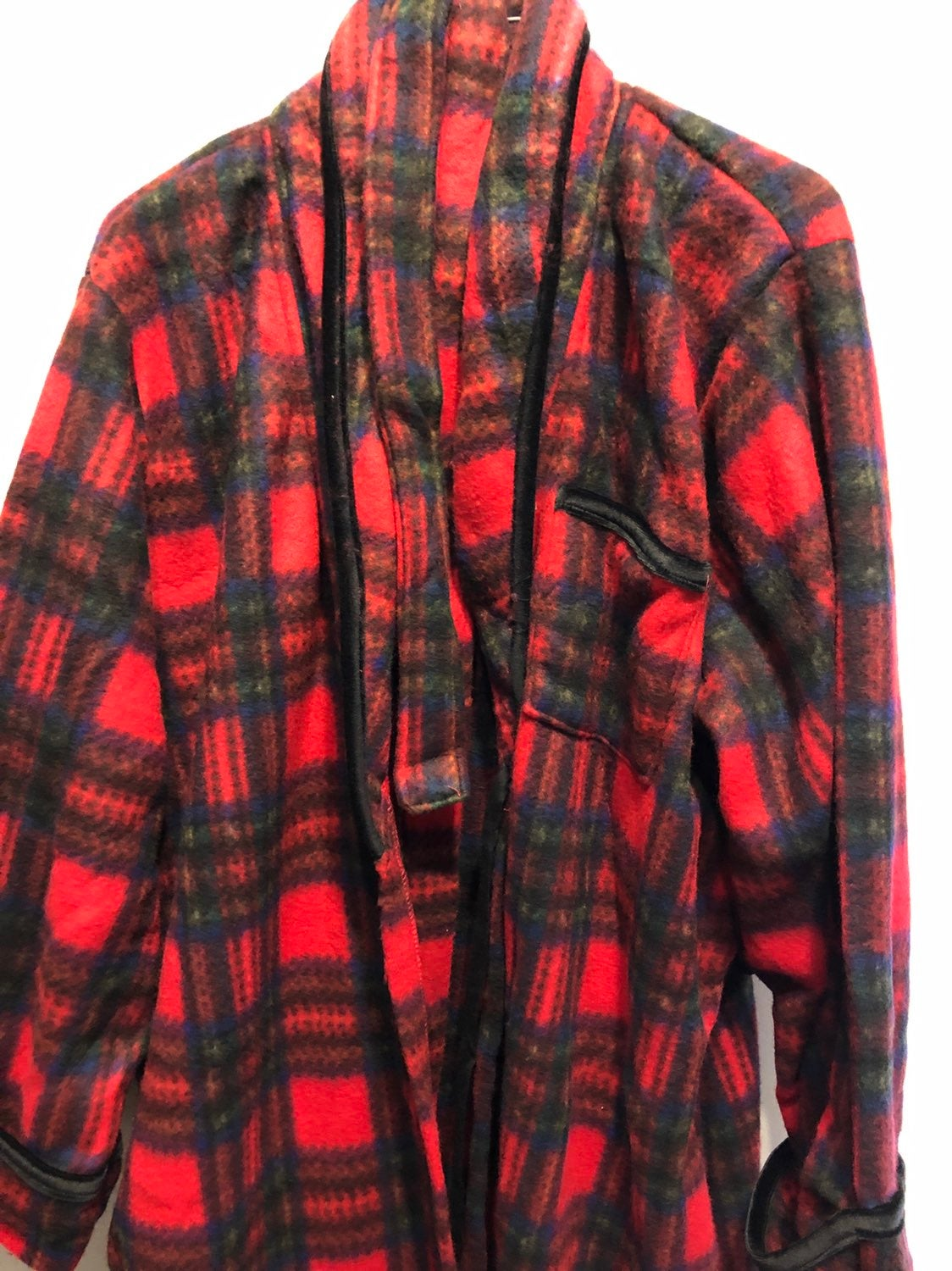 Secret Treasures Red Green Plaid Robe M