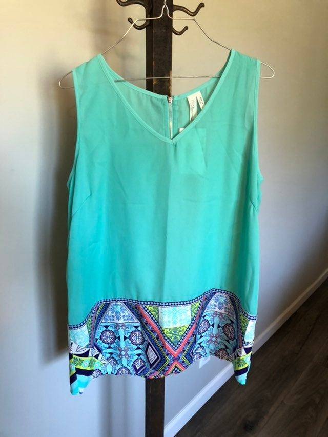 NWT Womens Blouse size L