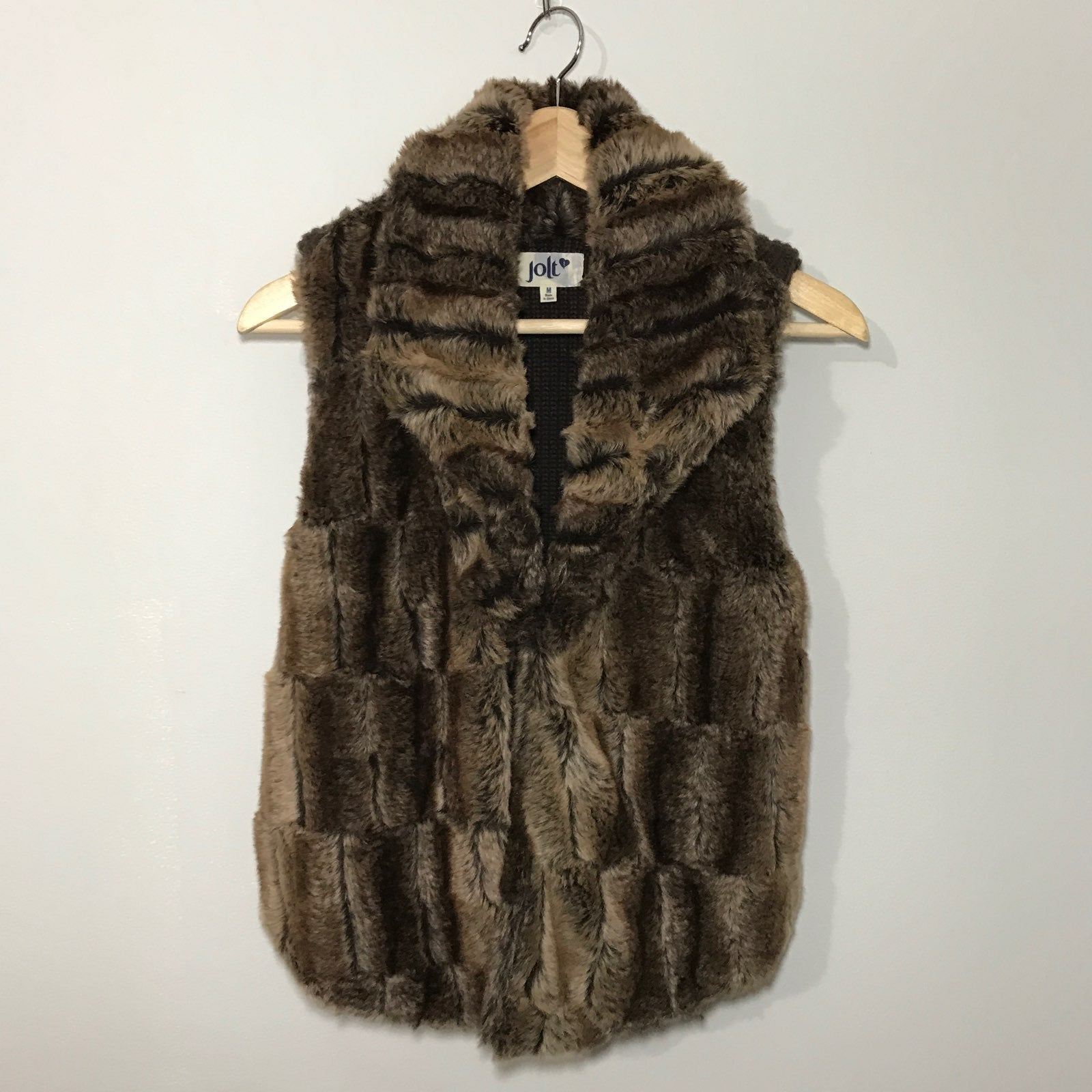 Jolt Faux Fur Vest size medium