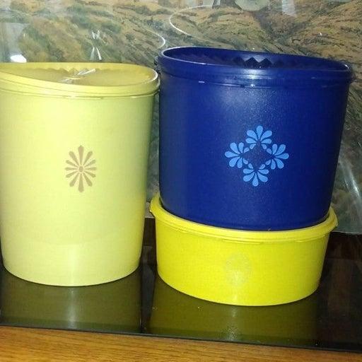 Vintage Servalier Tupperware(3) pieces l