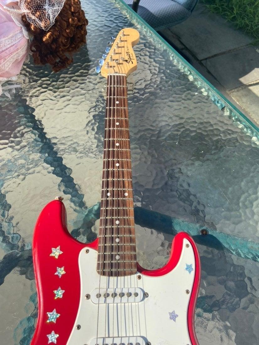 Fender squier mini guitar