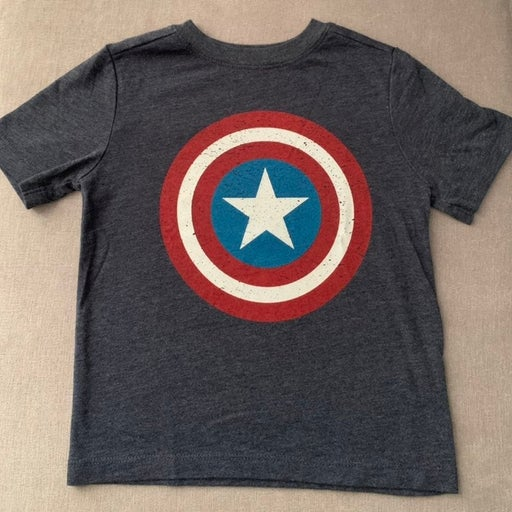 Old Navy shirt (size 3T)