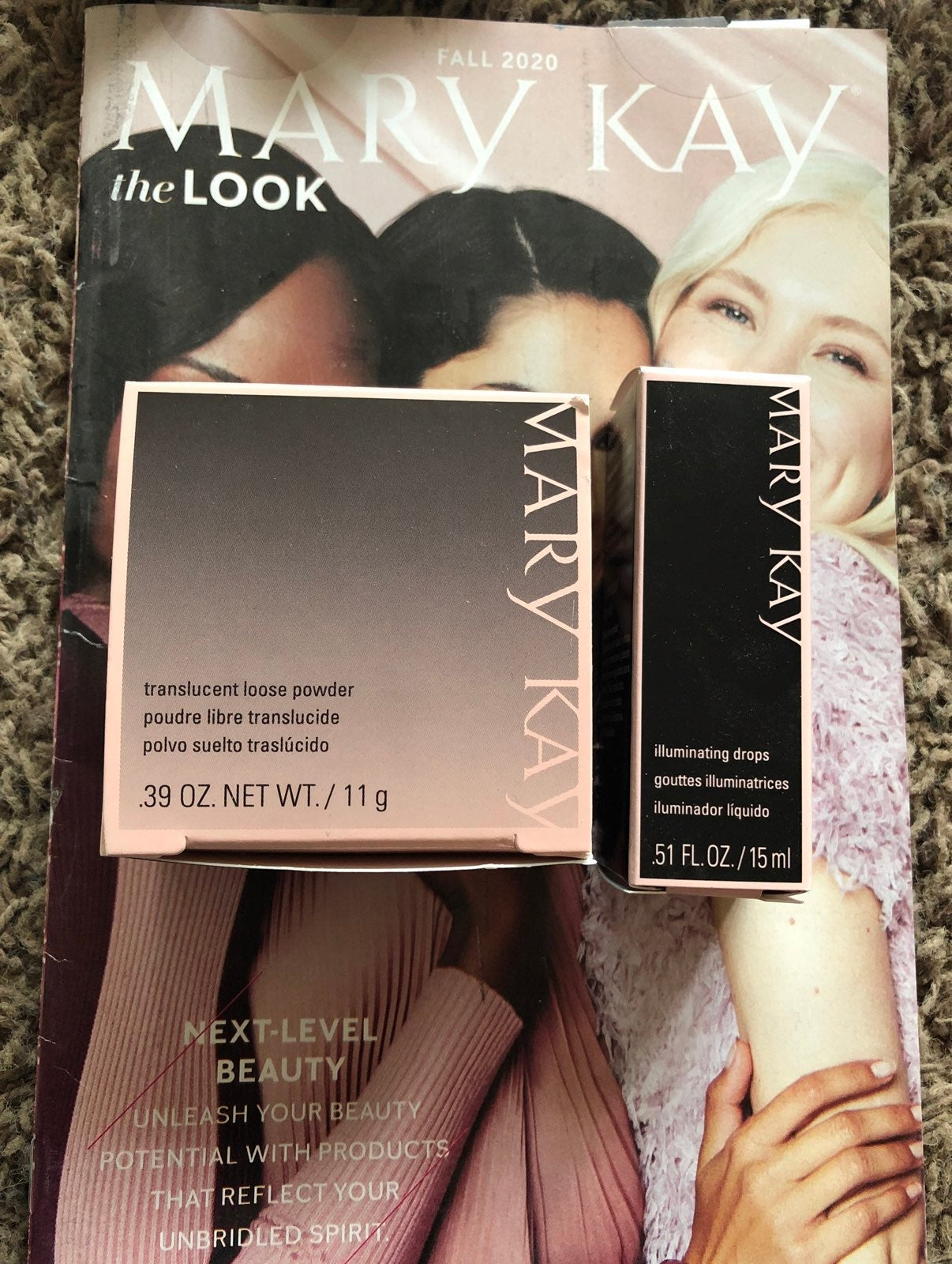 Mary Kay Transucent Powder & Illum. Drop