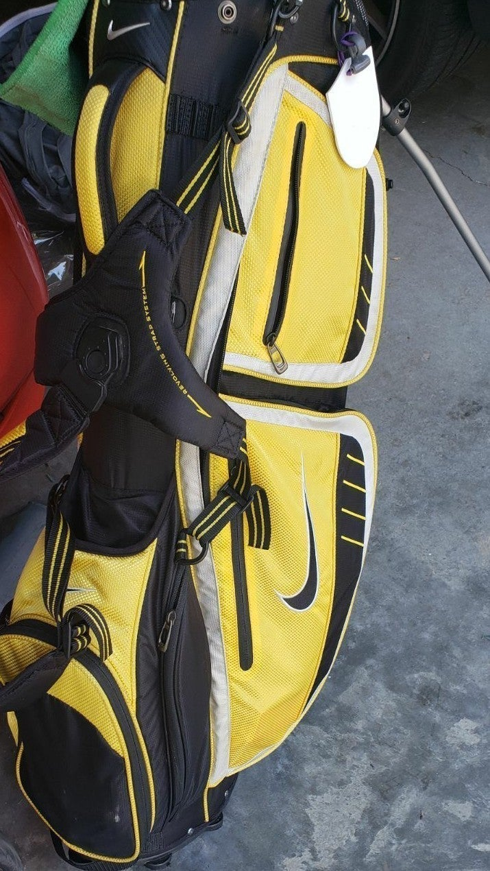 Nike Golf Bag.. with Stand