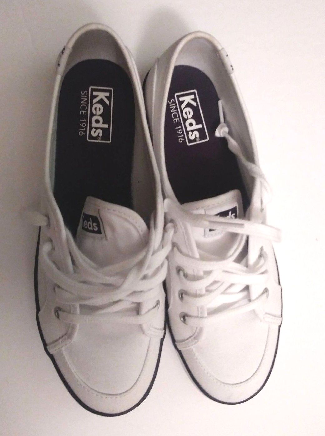 Womens Keds 7.5 White Navy Shoes