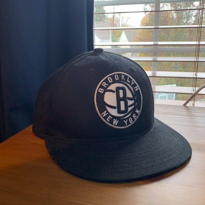 Brooklyn Nets Black Snapback Hat