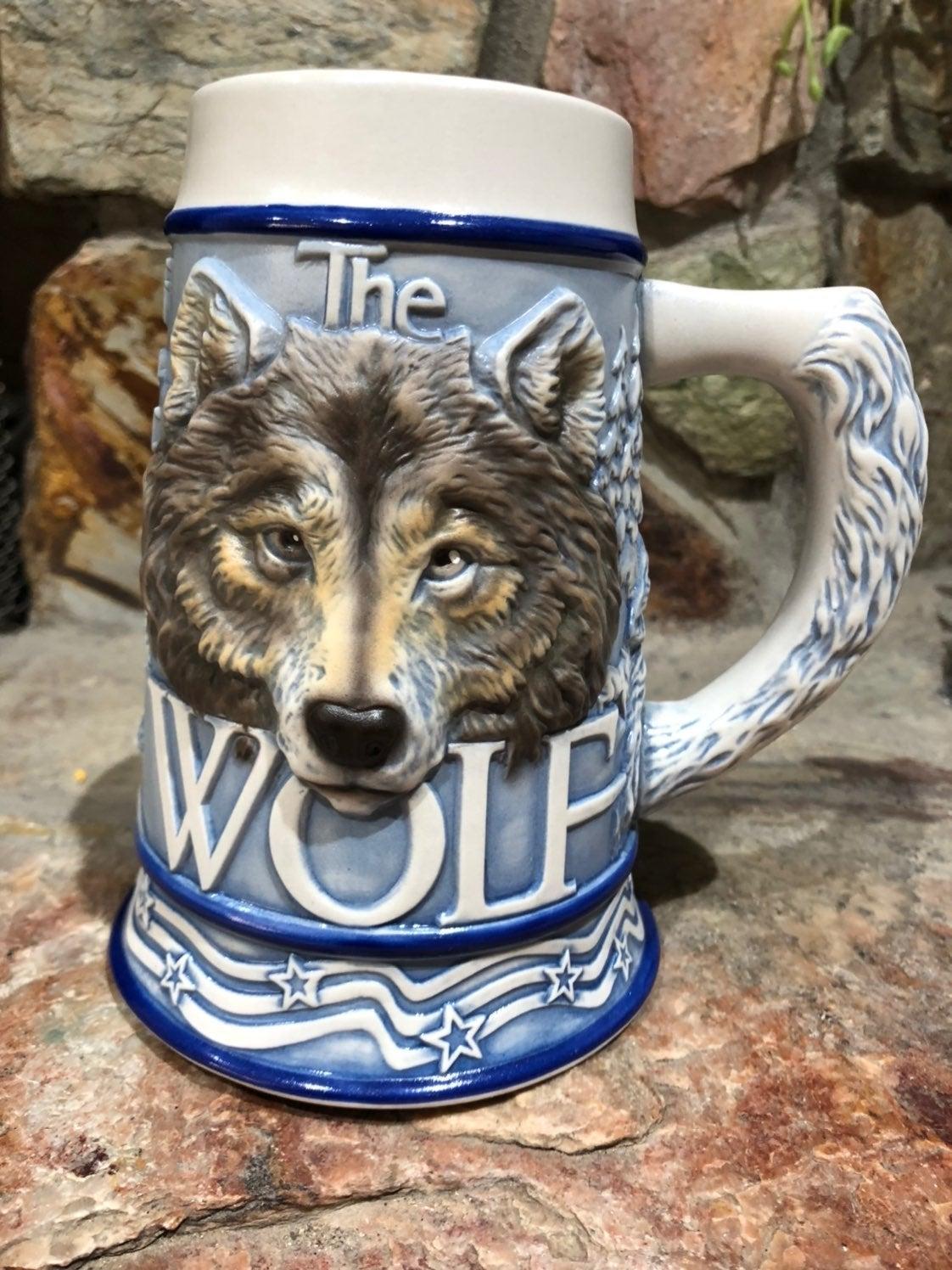 Vintage American gray wolf beer mug