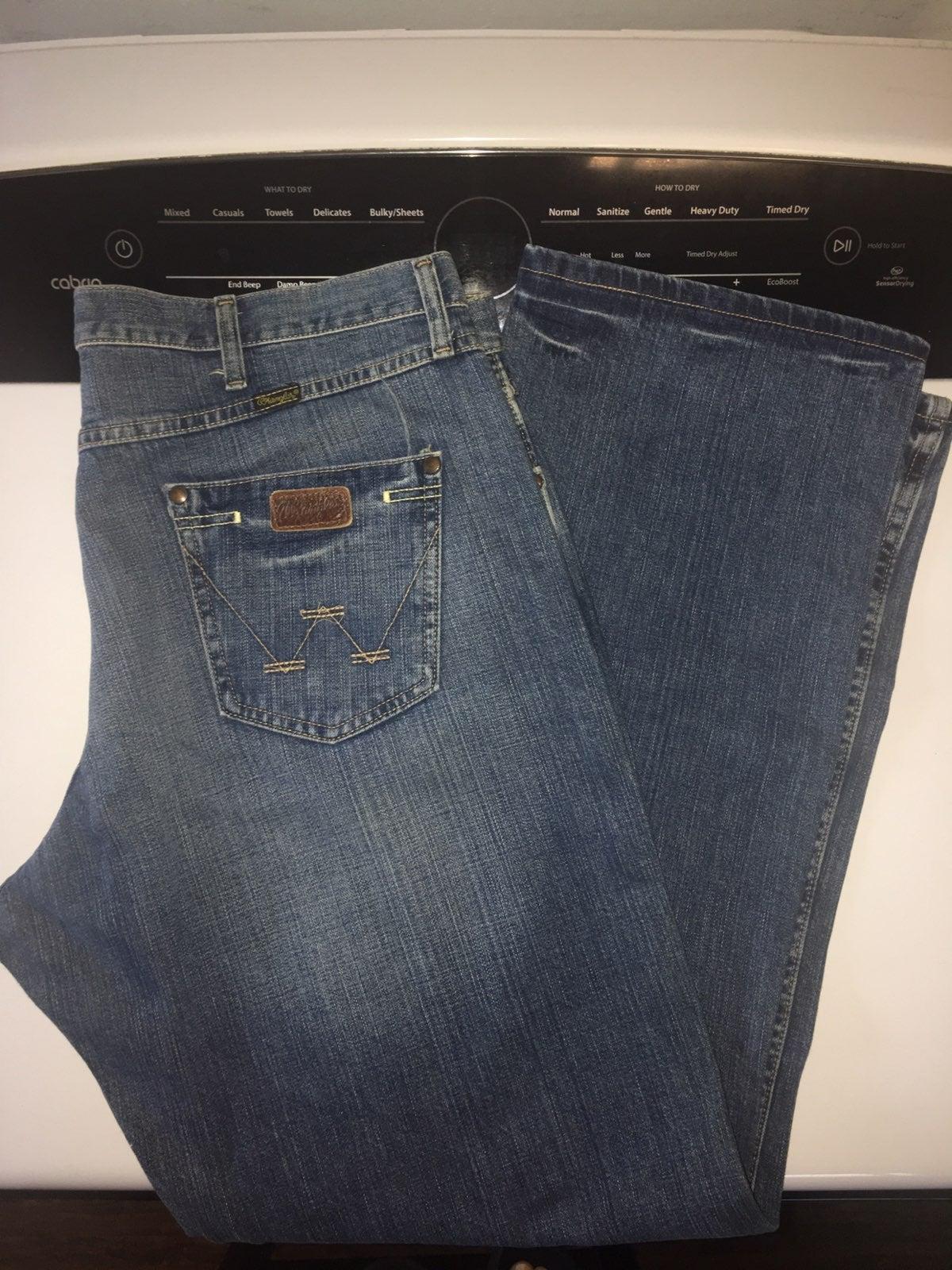 Mens Wrangler jeans
