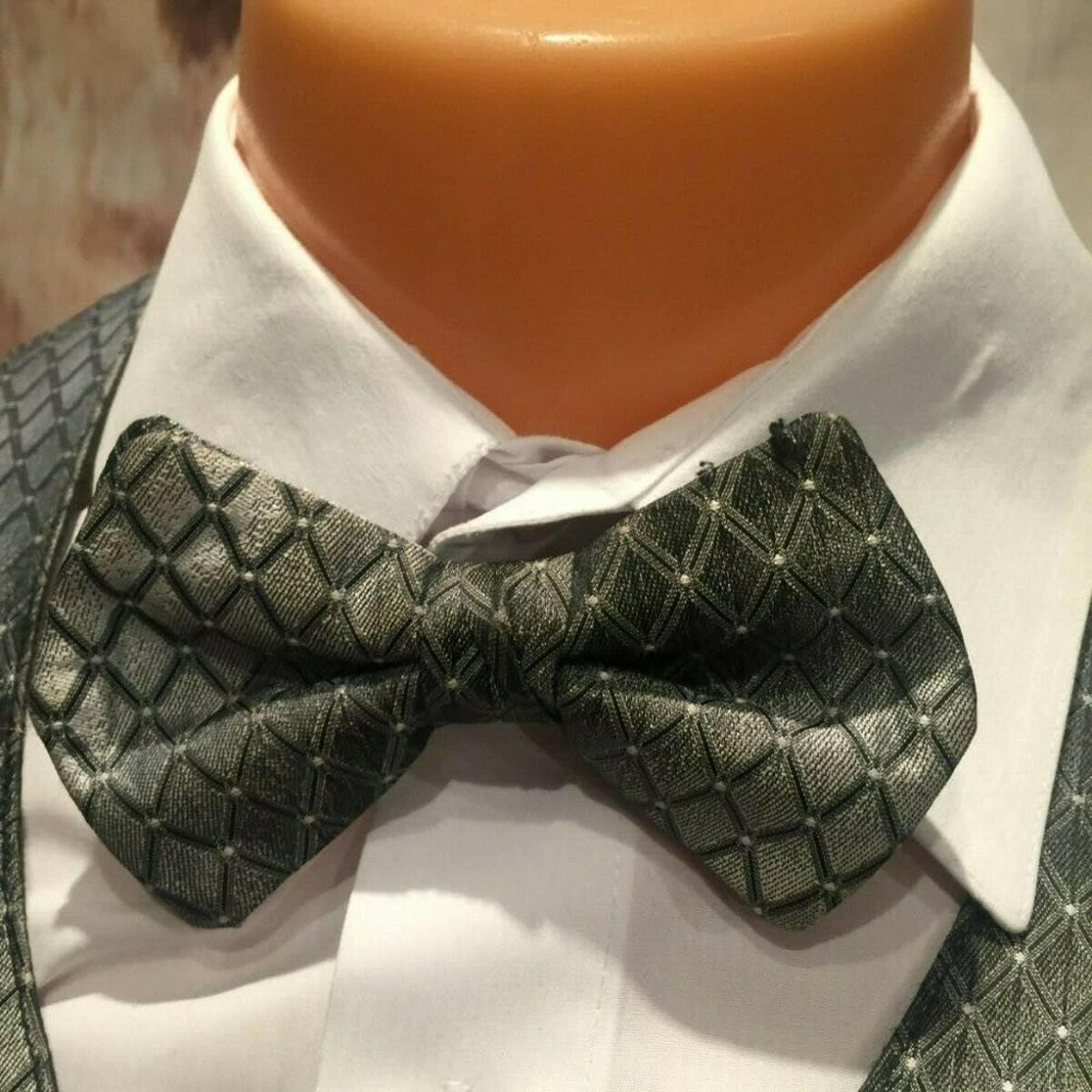 Silver Adjustable Tuxedo Vest Bow Tie
