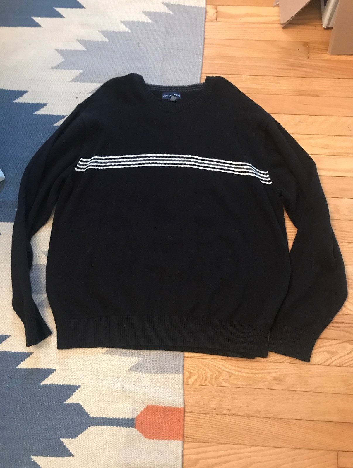 Men's XL sweater