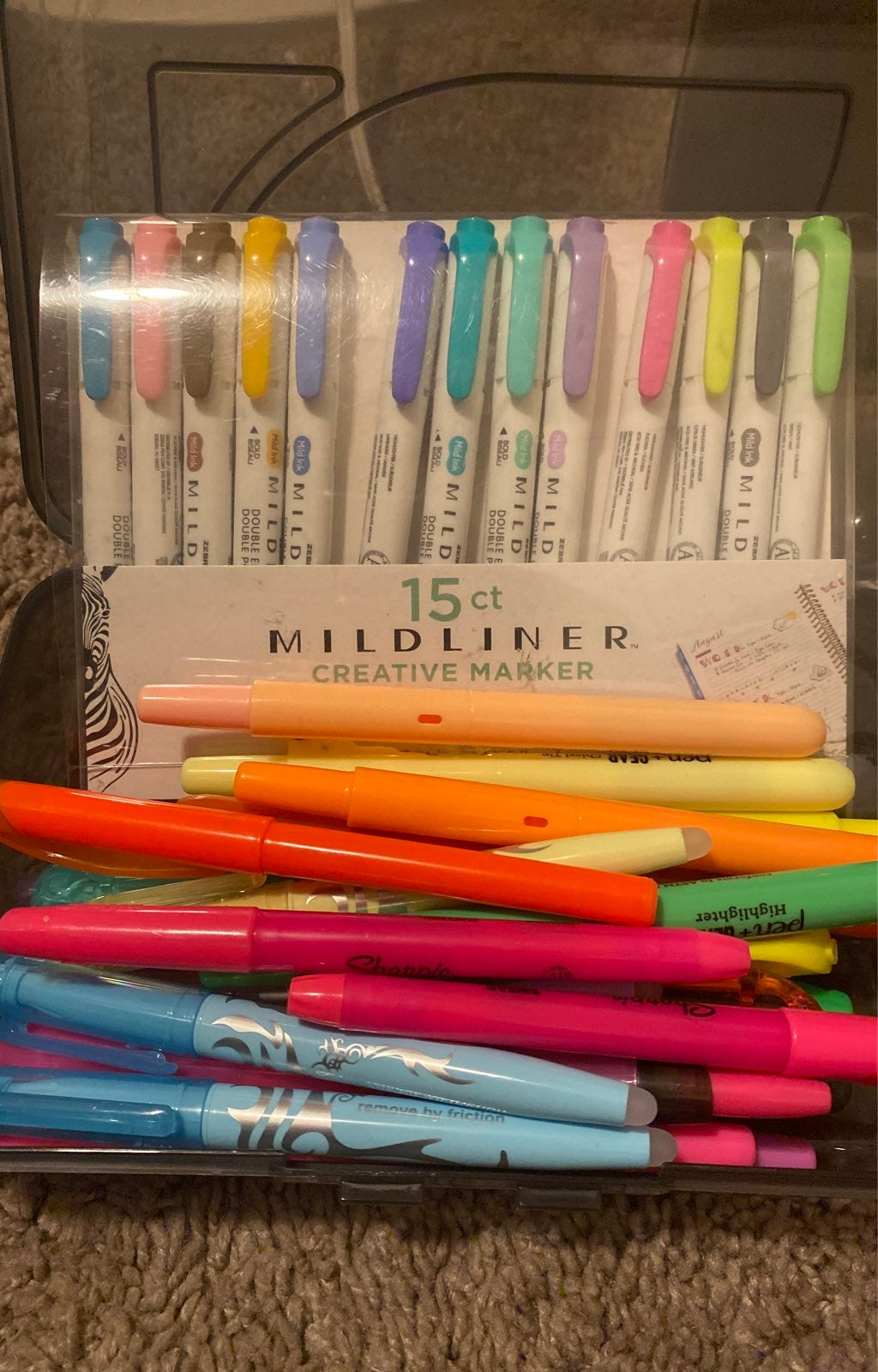 Bundle of 30 assorted of pens,highlighte