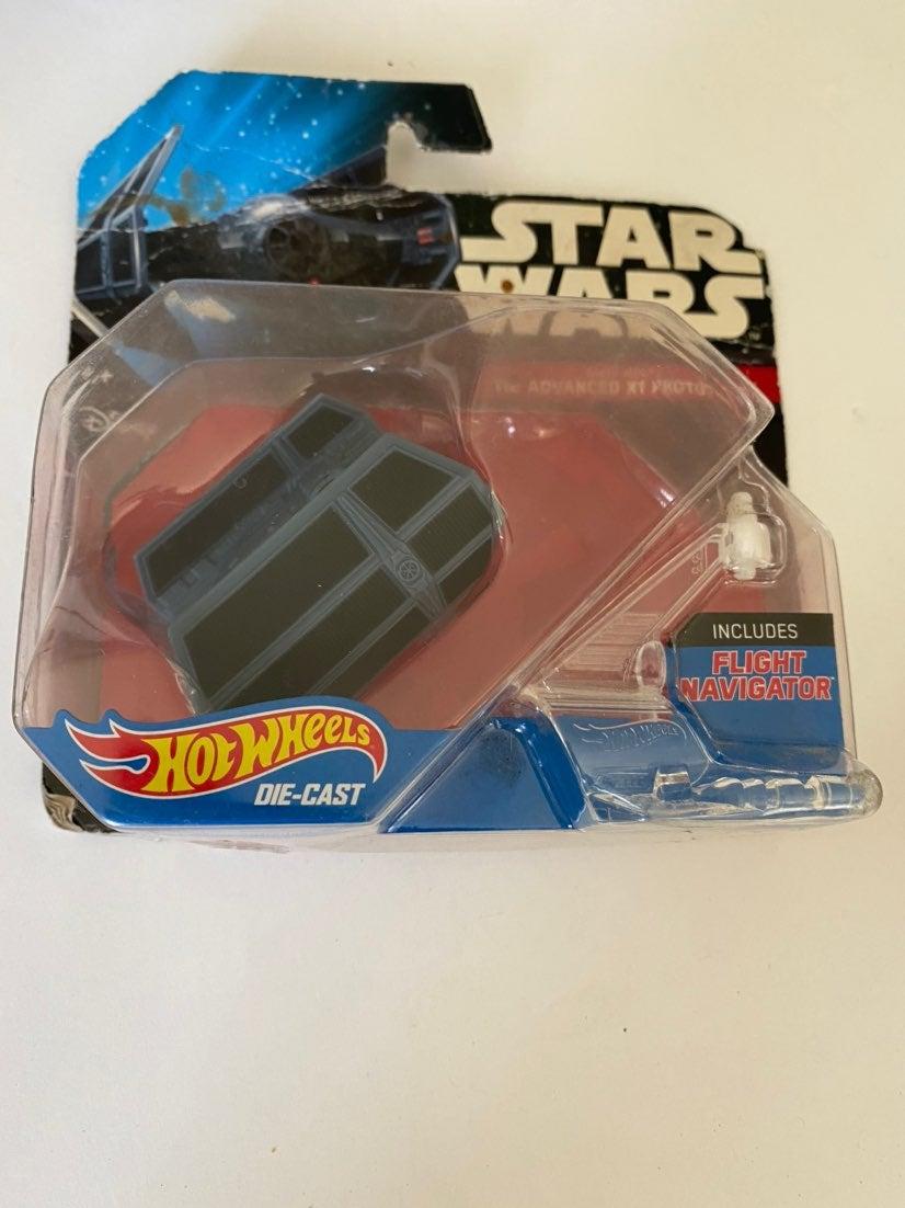 Disney Hot Wheels Star Wars Darth Vader'