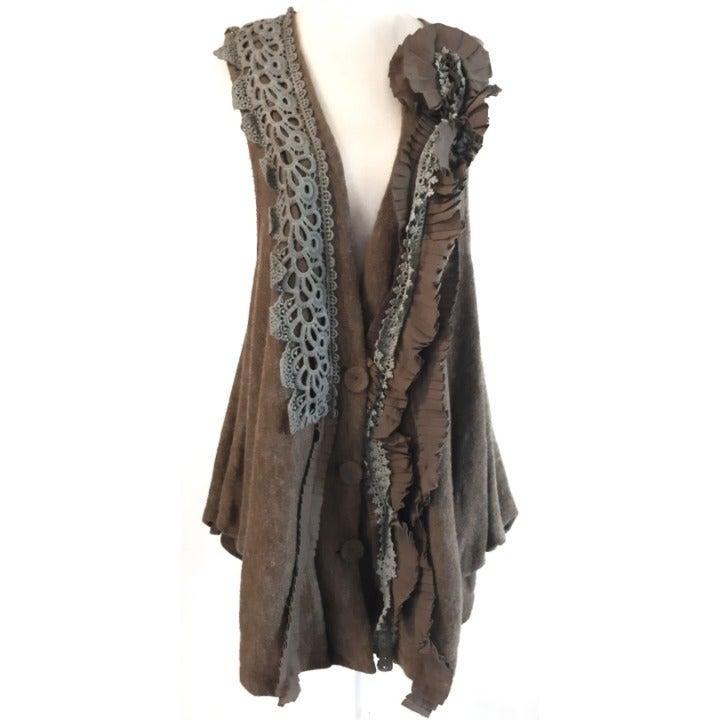 RYU : Knit Ruffle Rosette Lace Vest M