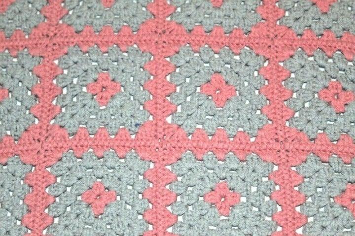 HOMEMADE AFGHAN THROW pink gray squares