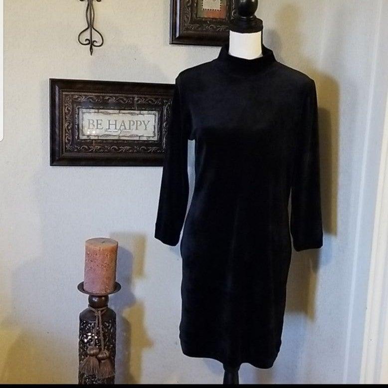 Sanctuary black velvet dress