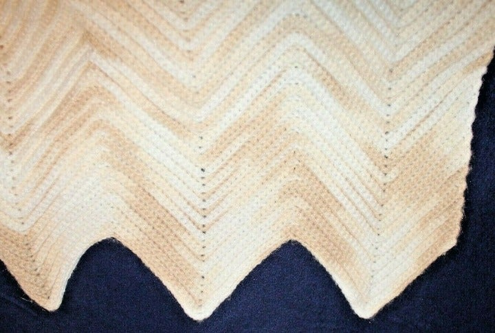 HOMEMADE AFGHAN THROW ombre white beige