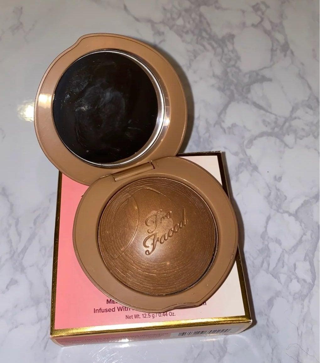 Too Faced Bronzed Peach Toasted Peach